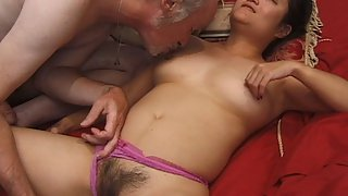 Oriental Amateur with a Hairy Pussy is being Fucked By a Man Who Gives His Cock For Sucking and Then